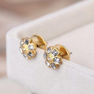 🎁NWT Henri Bendel Marking Flower Earrings